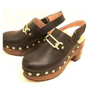Black leather clog